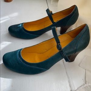 Jeffrey Campbell Retro Style teal Mary Jane pumps